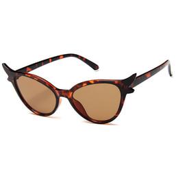 $enCountryForm.capitalKeyWord Australia - 1 high quality ladies sunglasses fashion Vassl brand designer triangle cat eye glasses frame red colorful round sunglasses glasses gift