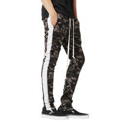 $enCountryForm.capitalKeyWord UK - M-xxxl Plus Size Men's Slim Sports Pants Camouflage Print Color Matching Zipper Casual Sweatpants For Men New Joggers Trousers