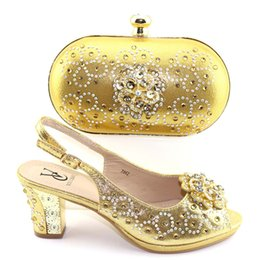 $enCountryForm.capitalKeyWord Australia - New Gold Color Shoes And Bag Sets Italian Sandals Shoes With Matching Bags For Women African Shoes And Bag Set For Wedding Party