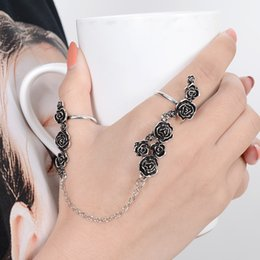double finger chain rings Australia - New Punk Chain Link Knuckle Ring Butterfly Flower Rose Type Double Finger Ring For Women Party Jewelry