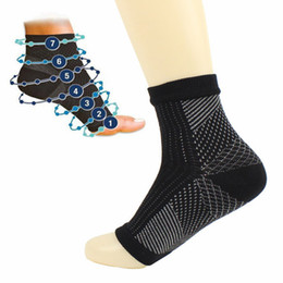 43d1d55bf9c0c 1Pair Compression Socks Foot Ankle Protection Sleeves for Cycling Hiking  Tennis Sportswear Socks Crew Male Fashion Foot wrist