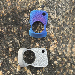 $enCountryForm.capitalKeyWord Australia - CNC Titanium TC4 Finger Ring Multifunctional Tactical Play with Broken Windows Outdoor Self-defense Emergency Survival EDC Tool