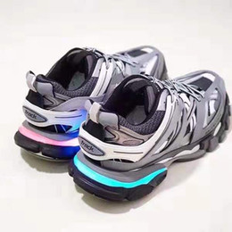 Mag future online shopping - Hot Designer Air mag Back to the Future Fashion brand Sneakers mens women Luxury causal shoes LED lighting shoes eur