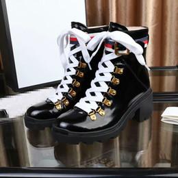 Neueste Frauen Designer Stiefel Martin Desert Boot Flamingos Love Pfeil Medaille 100% Echtleder grob Winterschuhe xx190418 im Angebot