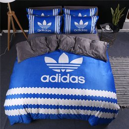 $enCountryForm.capitalKeyWord Australia - Three Leaves Logo Bedding Suits Stripe Autumn And Winter Hot Selling Bedding And Pillowcases Bed Sheet Queen King Size Blue