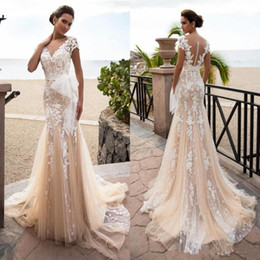beach wedding dresses full length NZ - Champagne Lace 3D Floral Wedding Dresses 2020 Short Sleeve V-neck Sheer Back Full length Outdoor Beach Holiday Bride Dress