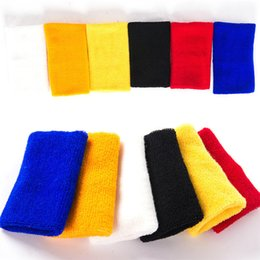 $enCountryForm.capitalKeyWord Australia - 1 Pcs 8*8 cm Tower Wristband Tennis Basketball Badminton Wrist Support Sports Protector Sweatband 100% Cotton Gym Wrist Guard