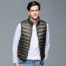 black sleeveless jackets for men NZ - 2019 New Men's Winter Coat 90% White Duck Down Vest Portable Ultra Light Sleeveless Jacket Portable Waistcoat for Men SH190917