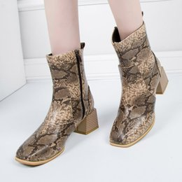 $enCountryForm.capitalKeyWord NZ - Fashion Snake Boots Square Head Ankle Boots Fleece Women Square with Shoes Sexy Winter Women Shoes Elegant Female