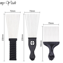 Chinese  Cheap Combs Wide Teeth Metal Afro Comb Insert Curly Hairbrush Hair Fork Pick Comb Fist Shape Black Handle Hairdressing Brush Styling Tool manufacturers