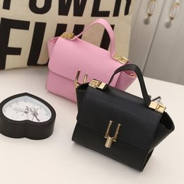 bags wings NZ - 2019 New Women Leather Handbag And Purses High Quality Famous Brand Designer Female Luxury Shoulder Wing Bat Bag Ladies Lock Bag
