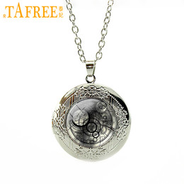 $enCountryForm.capitalKeyWord Australia - TAFREE Doctor Who locket pendant Necklace Time lord Seal Tardis glass dome vintage Day of The Dead men jewelry Gifts N546