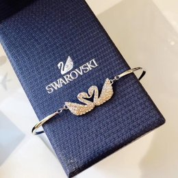 $enCountryForm.capitalKeyWord Australia - luxury designer jewelry womens swan bracelets lady gold classic charm bracelet braccialetto di lusso brand bangle Pulseira de luxo