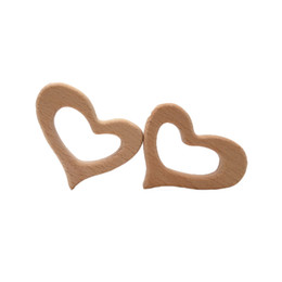 infant teethers NZ - 4pcs Beech Wooden Peach heart Teether Baby Teethers Infants Teething Toys Baby Accessories For Baby Necklace Making