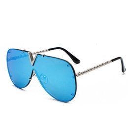 Wholesale Sunglasses Hot Popular Frog Eyewear Classic Frog Sun Glasses Fashion Designer Eyeglasses Outdoor Eyewear