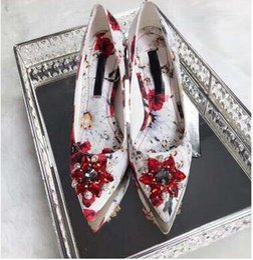 $enCountryForm.capitalKeyWord NZ - 2018 Luxury slip on bling bling crystal decor flower print sexy wedding pump pointed toe thin heel femamle stiletto shoes white