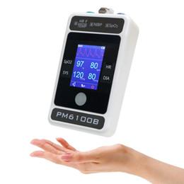 Toptan satış El 24 saat Gezici Kan Basıncı Monitörü ile Sürekli İzleme NIBP USB Yetişkin Manşetleri için Pulse Oksimetre