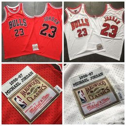 Men ChicagonbaBullsMichaelJordan Mitchell & Ness White Red 1996-97 HardwoodClassics Authentic Player Jerseys 2020