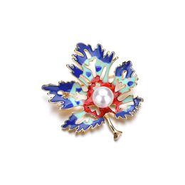 1d7435985 Vintage Maple Leaf Enamel Brooch For Men Women Leaves Brooches Lapel Pin  Man Fashion Jewelry Shirt Collar Pins b522