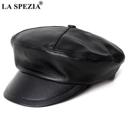 b9996b45519 wholesale Women Leather Hat Newsboy Caps Genuine Leather Black Flat Cap  Female Vintage British Autumn Winter Fashion Painter Cap