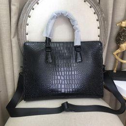 Luxury designer briefcase online shopping - men designer handbags business bag travel bags top quality genuine cowhide leather luxury bag travel bag briefcase