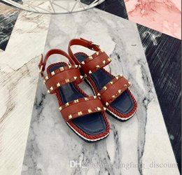 woven straw sandals UK - Summer new fashion casual vacuum rivets buckle flat comfortable all match woven bottom sandals