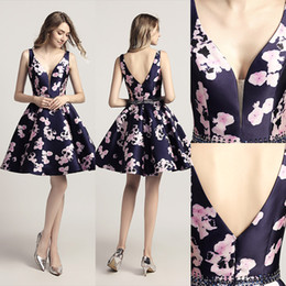 Wholesale fashion simple mini dress resale online - 2020 Cheap Short Prom Dresses In Stock Sexy V Neck Fashion Floral Print Mini Party Cocktail Gowns Backless A Line lx435