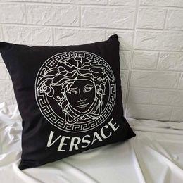 Wholesale New fashion pillowcase 45 * 45cm black and white pillowcase geometric lattice stripes English letters simple sofa pillowcase