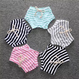 Canvas Pants Australia - INS Kids Girls Stripes Bloomers Striped Yellow Red Green Lovely Fashions Baby Girls Shorts PP Pants Designer Kids Clothing