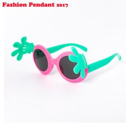 a0388ba00 Baby Polarized Sunglasses Kids Flip up Palm Sunglasses Cute Cartoon Round  Eyewear Eyeware For Kids Girls Boys Child dhl shipping
