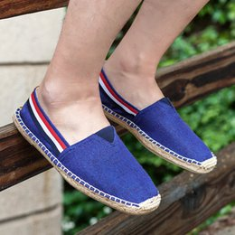 ethnic fabric shoes NZ - Summer Ethnic Style men Espadrille Casual Flats Shoes Canvas Driving Loafers Flats Insole Fisherman Shoes erf45