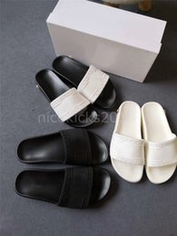 $enCountryForm.capitalKeyWord NZ - Cheap Luxury Designer Mens Womens Slippers Summer Sandals Beach Slide Shoe Ladies Sandali D Duck Shoes Print Leather All Black Pantoufles