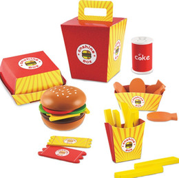 Giocattoli da gioco per bambini Woody Simulation Fries Hamburgers Cibo educativo interattivo Cucina Baby Boys Girls Toy 26pcs / set in Offerta