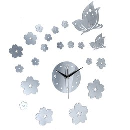 $enCountryForm.capitalKeyWord UK - Creative Crystal Solid Mirror Wall Clock Stickers Home TV Background Decor