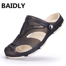 clogs beach sandals 2019 - Men Sandals New Summer Style Men Beach Sandals Shoes Hollow Slippers Hole Breathable Flip Flops Clogs Outside discount c