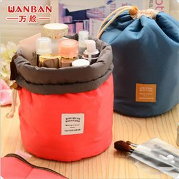 $enCountryForm.capitalKeyWord Australia - New Korean Barrel Shaped Travel Cosmetic Makeup Bag Elegant Nylon Drum Wash Bags Large Capacity Make Up Organizer Portable Storage Pouch Bag