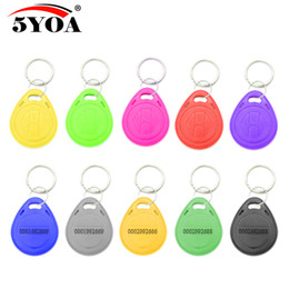$enCountryForm.capitalKeyWord Australia - 100pcs TK4100 EM4100 RFID Keychain Stickers Card Tag Key 125khz ID Keyfob Access Control Time Attendance Sticker Fob Token Ring