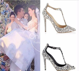 $enCountryForm.capitalKeyWord Australia - Hot Sale- Luxury Diamond Wedding Shoe Jeweled Heel Gladiator Sandals Women Rhinestone Crystal Embellished T Strap Summer Party Pumps