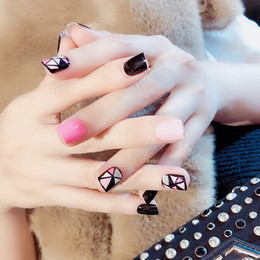 HOT 24 Unids / set Rosa / Negro Uñas Falsas Geométricas Pattren Diseño Boda Nail Art Acrylic Full Fake Nail Tips For Girls