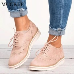 Wholesale MCCKLE Plus Size Women Flat Hollow Platform Shoes Oxfords British Style Ladies Creepers Brogue Shoe For Female Lace Up Footwear