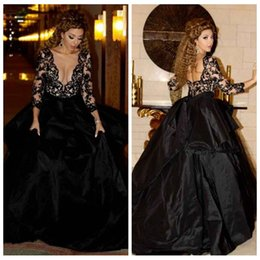 vintage plugs NZ - 2019 Black Plugging V Neck Ball Gown Prom Dresses Formal Evening Dress Long Sleeves Taffeta Celebrity Gowns Black Lace Appliques Top