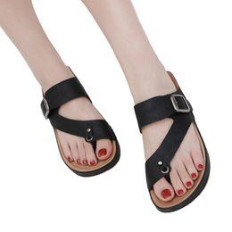 Chinese  2019 New Designer Women Clip Toe Comfortable Flip Flop ladies Metal Belt Buckle Summer Beach Slippers x0110 manufacturers
