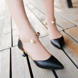 $enCountryForm.capitalKeyWord NZ - Hot Sale- Sexy Pointed Toe Stiletto Low Heels Pumps Ladies High Heel Lolita Bridal Party Wedding Dress Shoes Women Black Pink Office Shoes