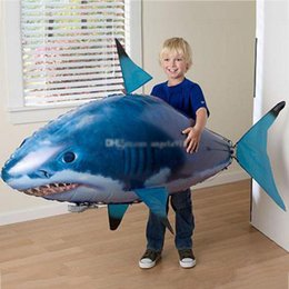 rc flying shark fish NZ - 2020 24pcs lot Flying Fish Assembly Clown Fish IR RC Air Swimmer Shark Clownfish Remote Control Balloon Inflatable funny Toys for Kids LA298