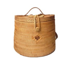 Discount hands bags summer - 2019 Fashion New Lady Summer Vietnam Hand-woven Rattan Bag Backpack Women Female Casual Bohemian Beach Bag Shoulder Ruck