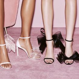 Venta al por mayor de Fashion2019 Real Tussores Organza Will Bow Summer One Buckle Bring 11cm High con sandalias de dos colores