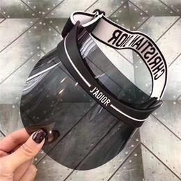 Ingrosso Cappello da sole di design di lusso berretto classico Visors cappello 2019 marchio estivo Designer outdoor parasole cappello uomo e donna cappelli ET877