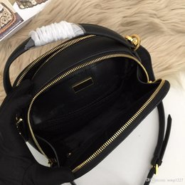 chinese ladies handbags UK - 2019 new handbag, practical and resistant to look, classic production, can be handheld, but also shoulder back.