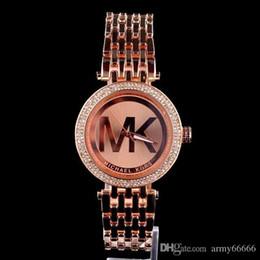 Новый известный роскошный Кристалл циферблат браслет Кварцевые наручные часы Рождественский подарок для женщин Дамы золото розовое золото серебро Оптовая Бесплатная доставка