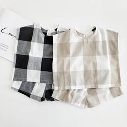 Discount korean style baby outfit - Summer new Korean style baby boys plaid clothes set infant kids children cotton linen short sleeve Tees+shorts 2pcs suit